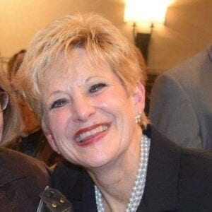 Leslie Lanzi